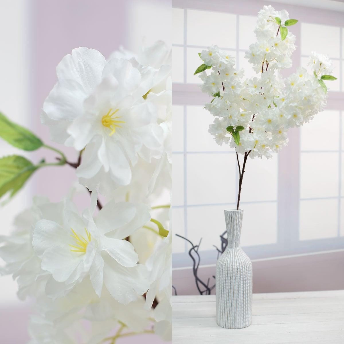 크림색 꽃송이 디테일, 한줄기 화병사진