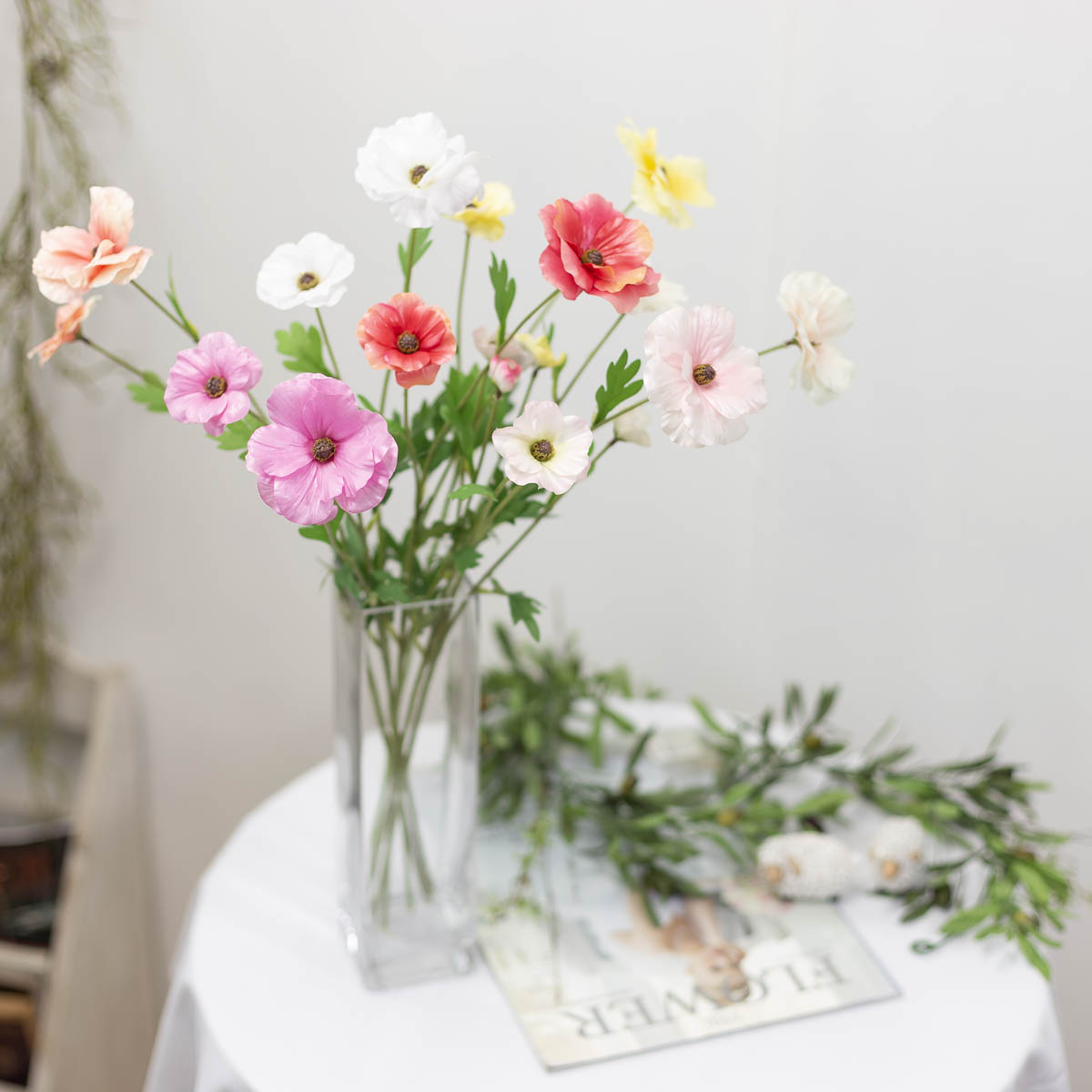 버터플라이 라넌큘러스 꽃 가지 60cm 연출샘플사진